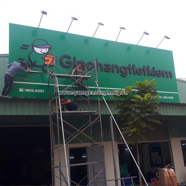 thi công chuỗi biển quảng cáo Giao Hàng Tiết Kiệm