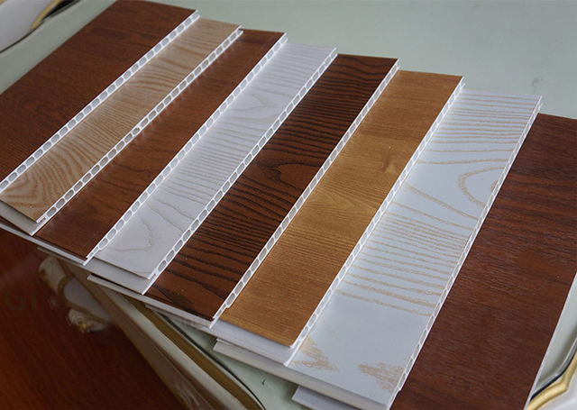 Tấm nhựa giả gỗ